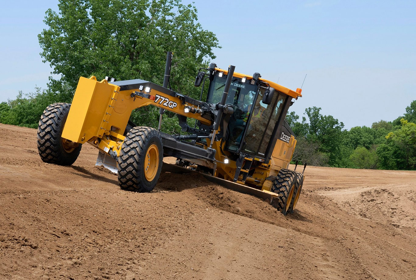 John Deere SmartGrade technology delivers the first-of-its-kind mastless Topcon 3D integrated grade control to G-Series motor graders