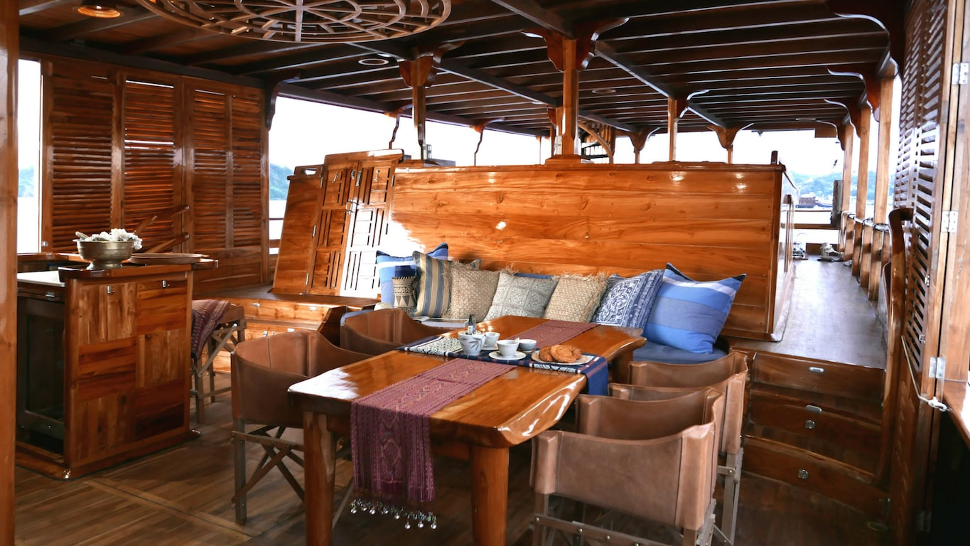 Great Room aboard the Sequoia
