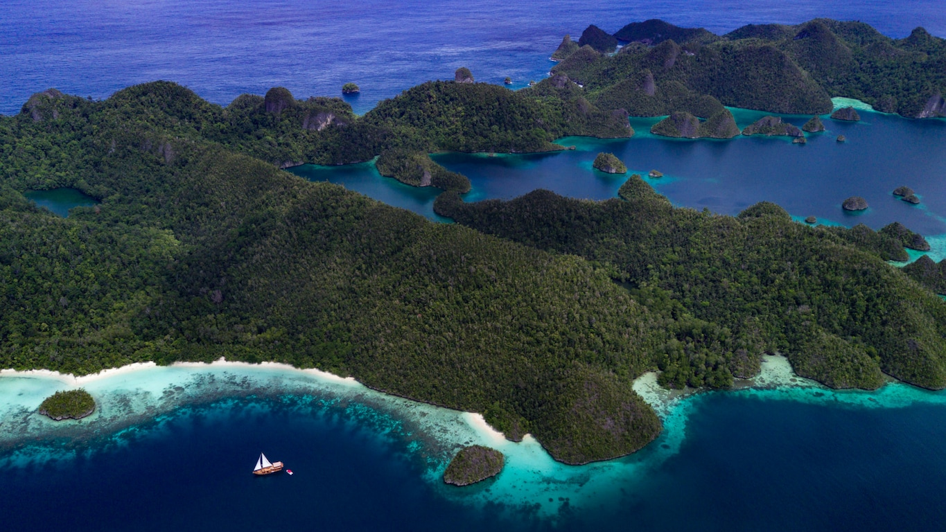 Sequoia sails around the Coral Triangle region