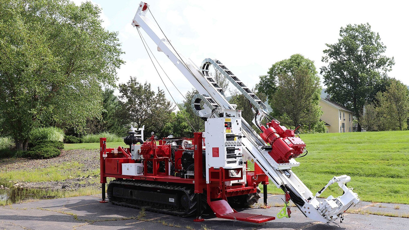 Acker's RENEGADE Drill Rig Powered by John Deere Final Tier 4 Engine on Jobsite