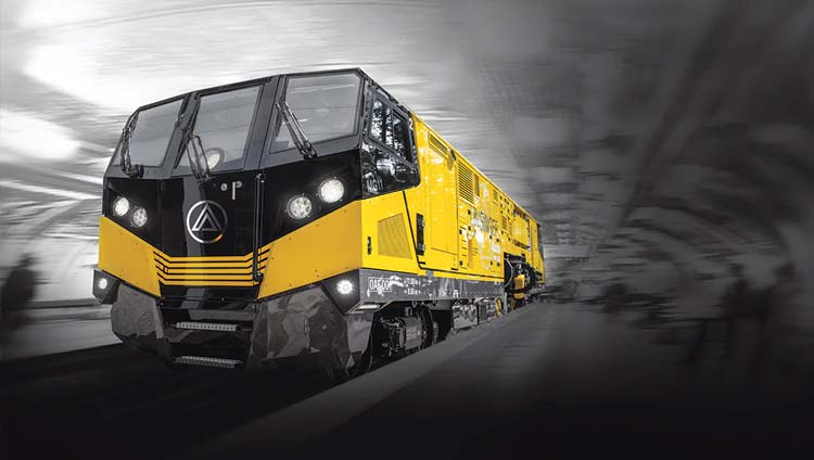 MG11 rail-milling and -grinding train powered by John Deere Final Tier 4/Stage V industrial diesel engine.