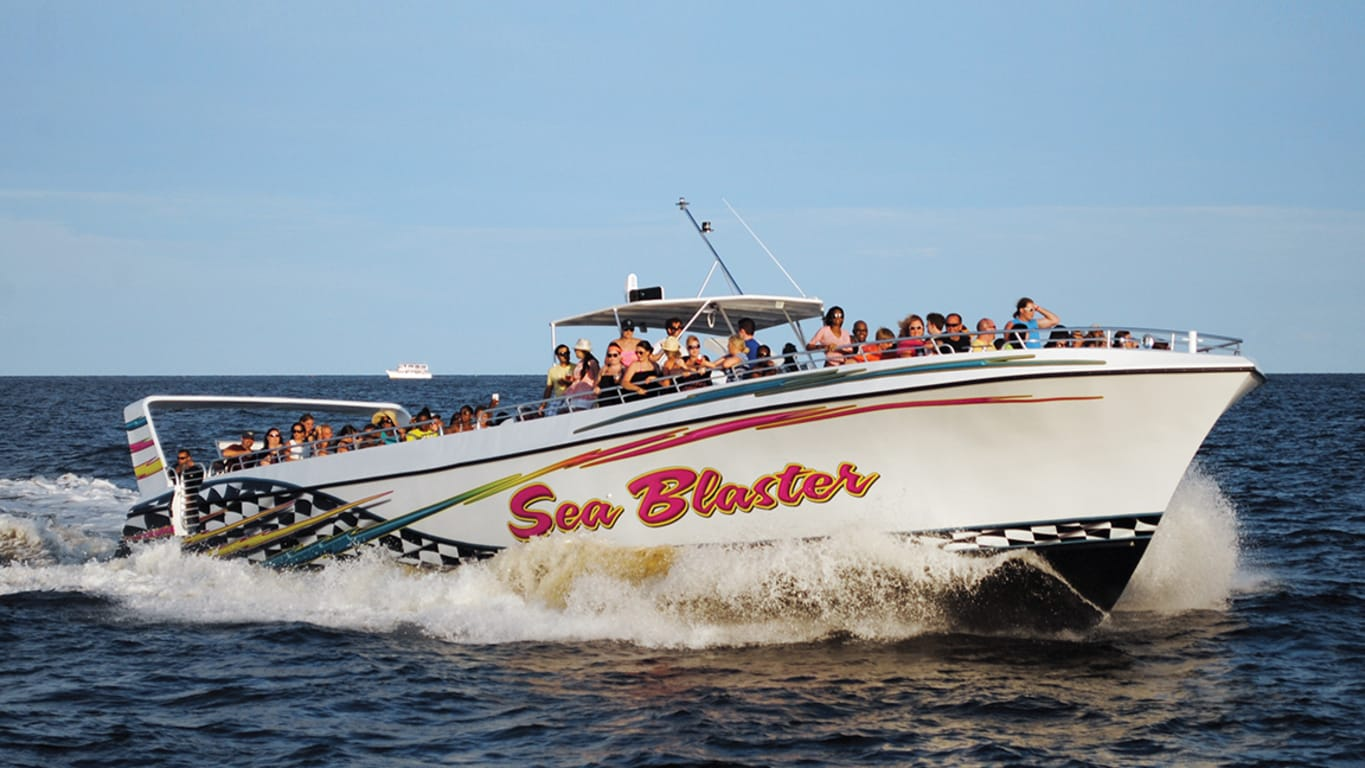 Navire d'excursion Sea Blaster