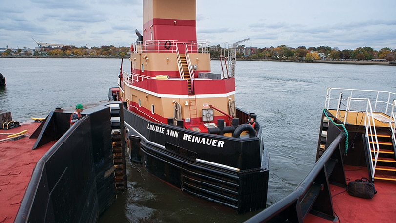 Reinauer double-hulled articulated tug barge