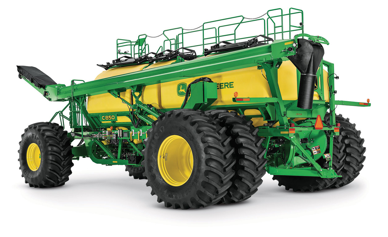 The John Deere C850 Air Cart is an ideal match between cart capacity and in-field performance.