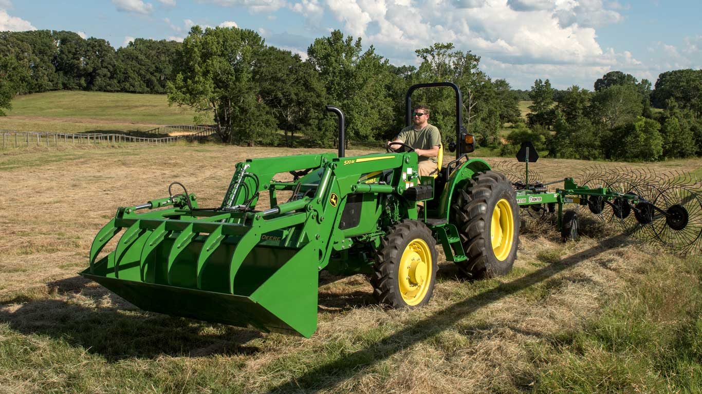 View 5E Series (65-75 hp) Tractors offer