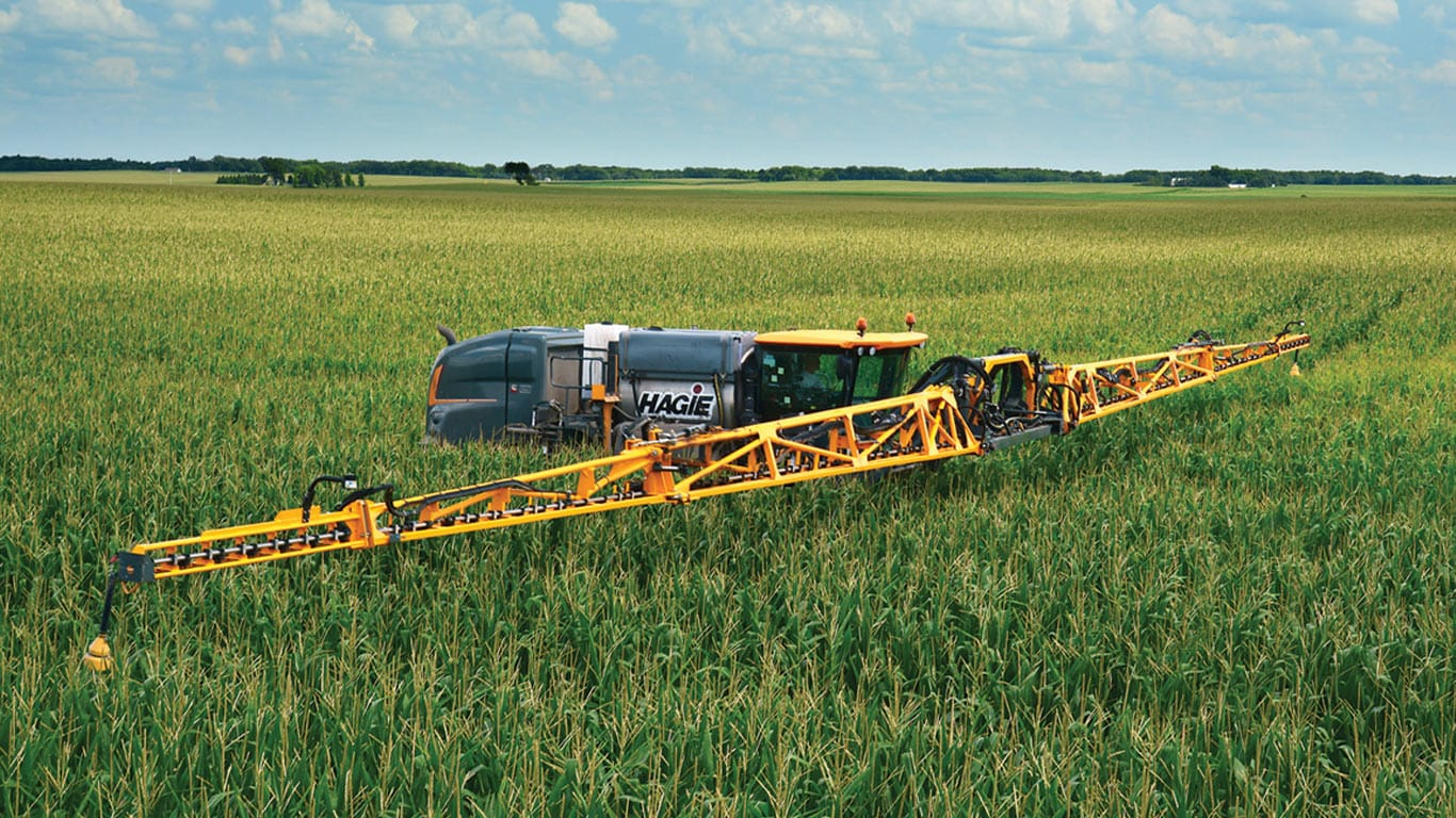 Hagie sprayer in field