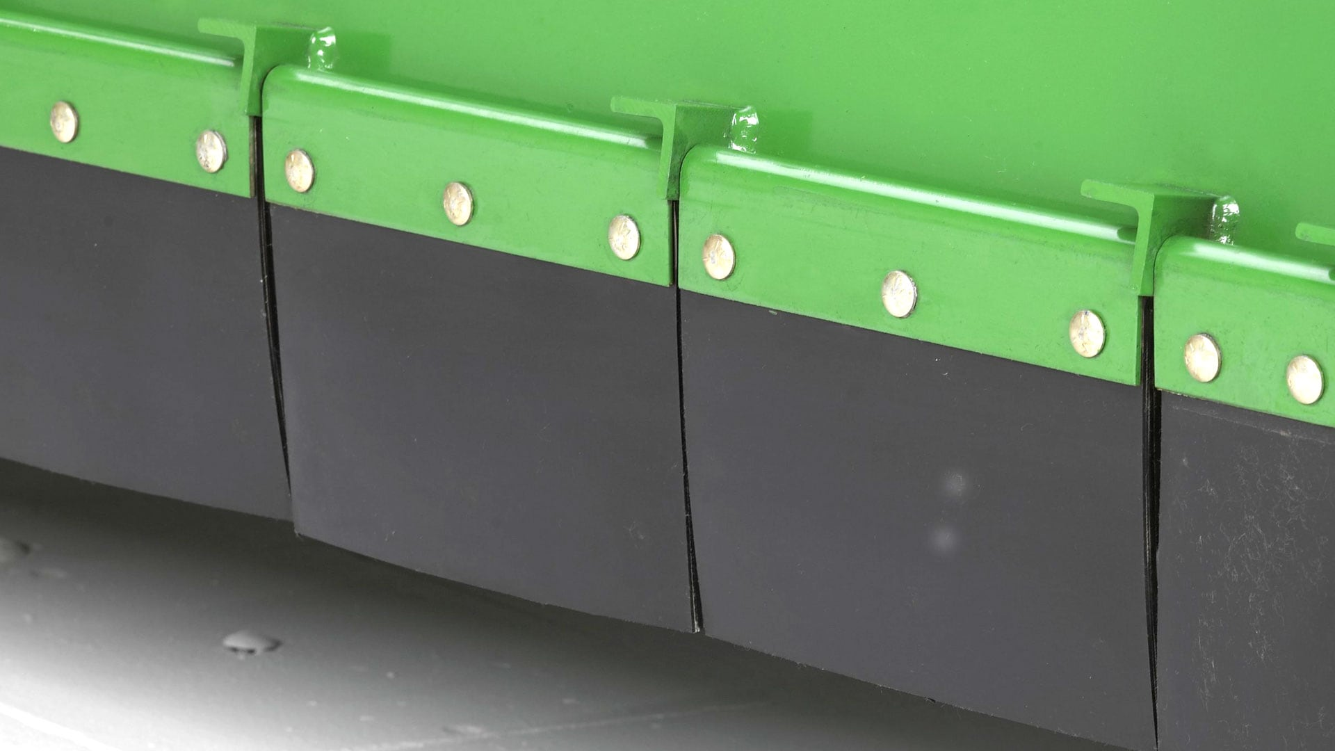 close up view of rubber deflectors