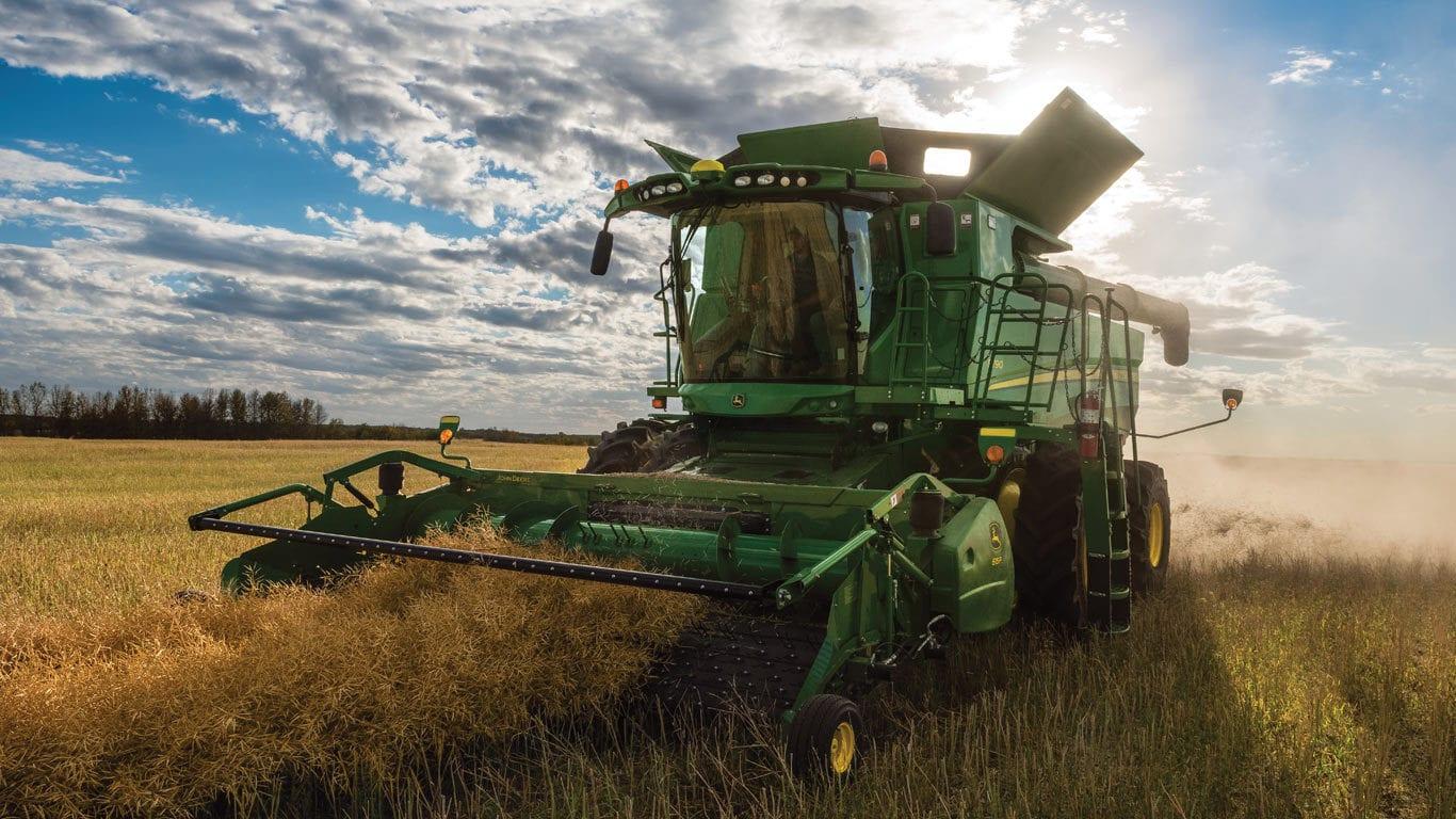 Grain Harvesting | 640FD HydraFlex™ Draper Platform | John Deere CA