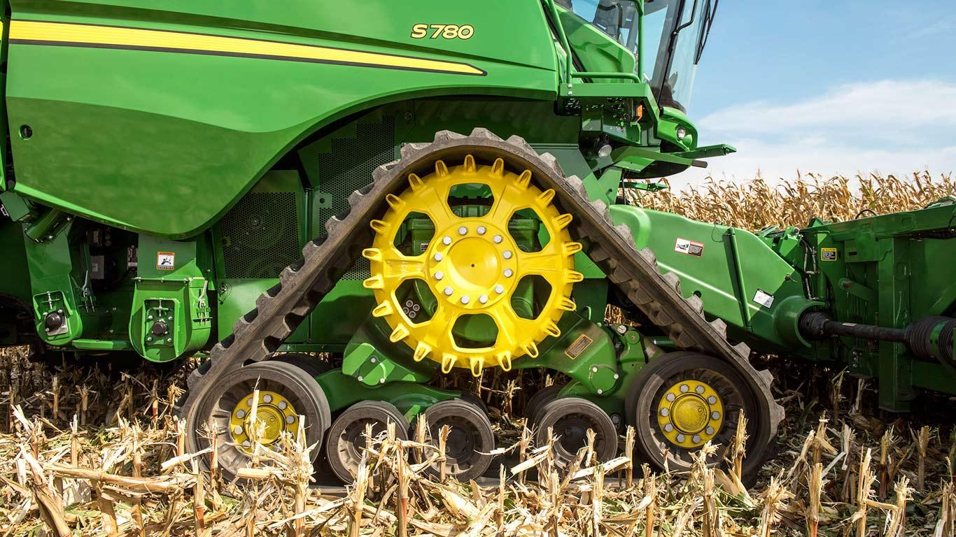 John Deere Combine >> Combine Harvesters S Series John Deere Ca
