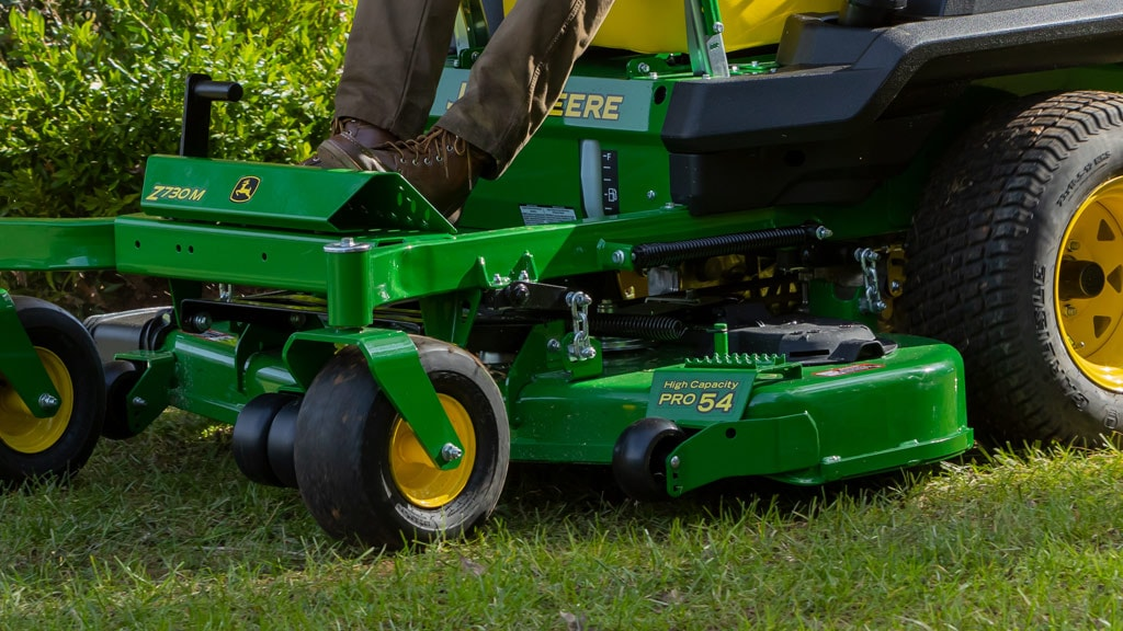 close up image of heavy-duty PRO mower deck