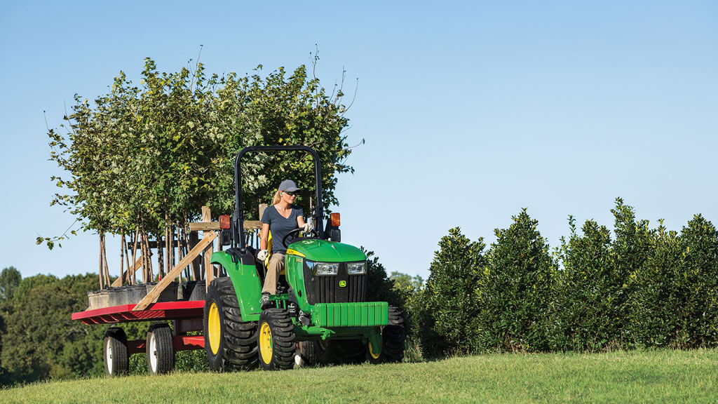 image of 3035d compact utility tractor in grassy field