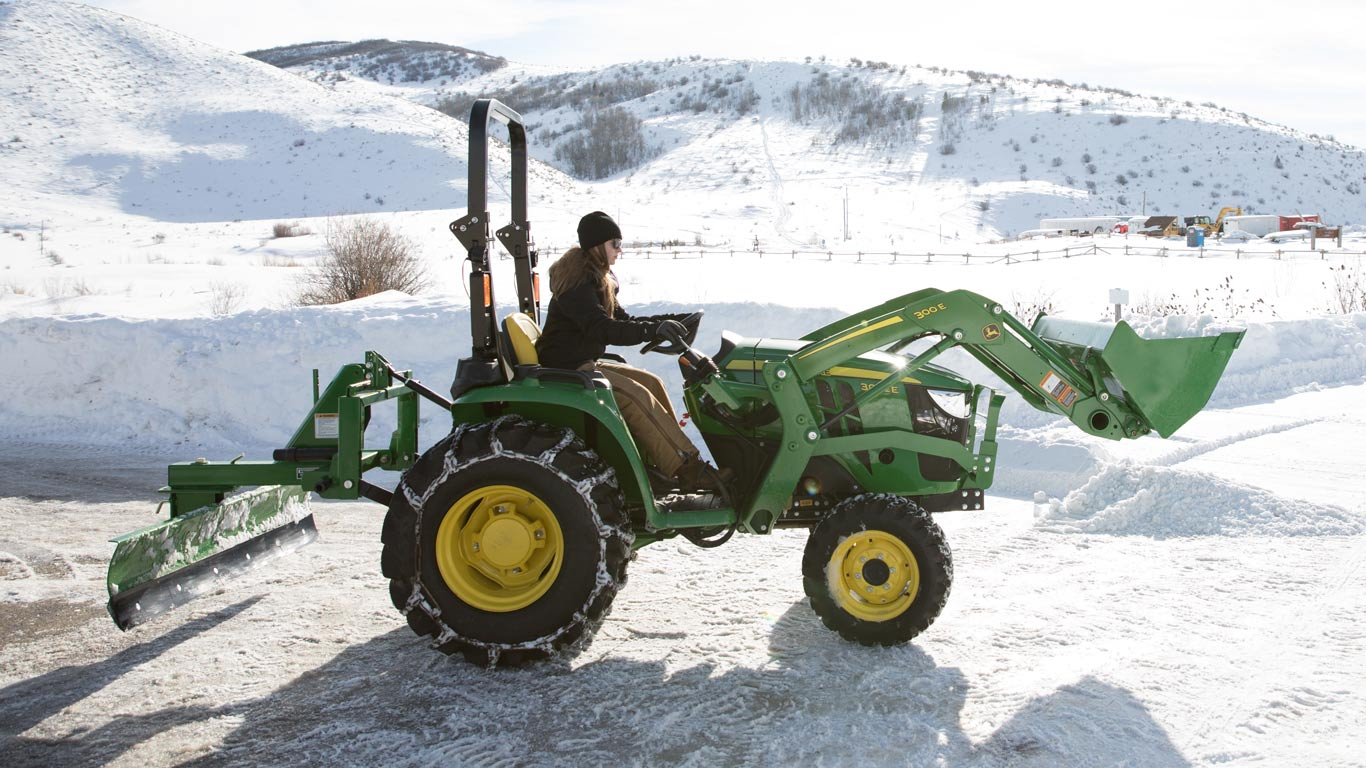 image of 3032e compact utility tractor in snow
