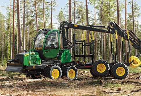 810E Forwarder working in the forest
