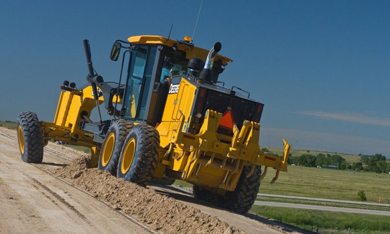 Follow the link to learn more about our model 672G/GP Motor Grader