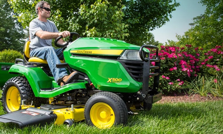 View Deere Season Sales Event special offers.
