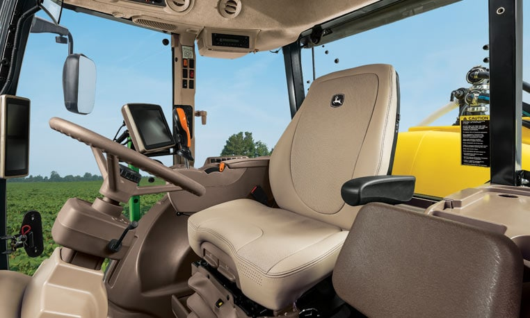 Image showing all-day comfort with the R4023 Sprayer cab