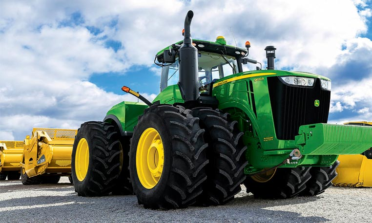 9R Scraper Scpecial Tractor with 620 hp engine